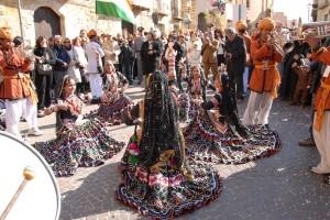 Sagra del mandorlo in fiore, sfilata in via Atenea