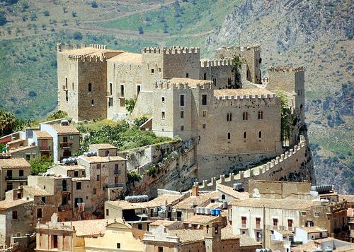 castello_caccamo